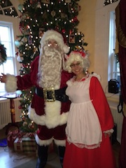 Arnie Kolodner performs his Santa & Mrs. Clause Magic show for holiday parties in New York City.